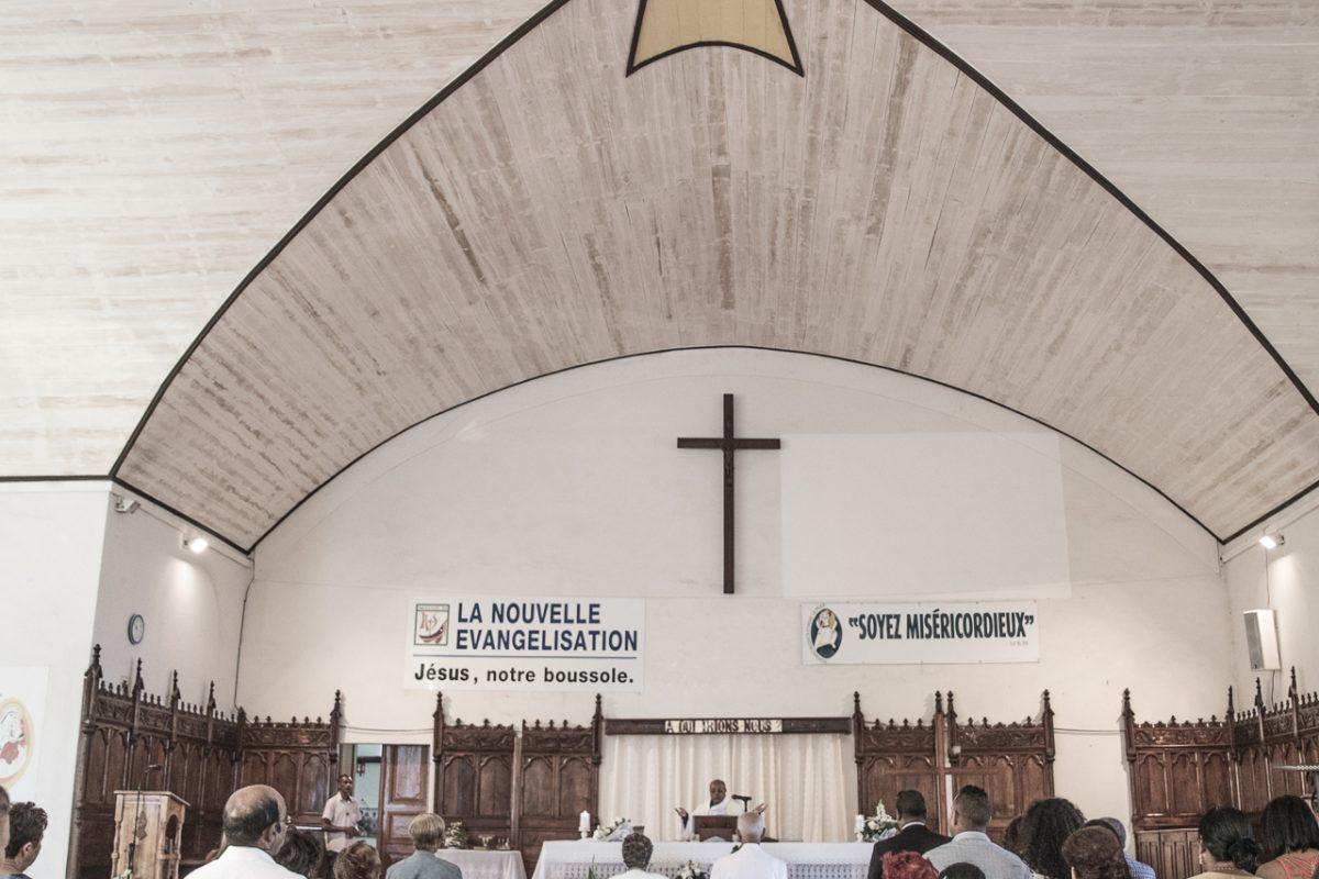Cérémonie religieuse à l'église